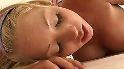Captivating artist Marikka having Francys pussy massage