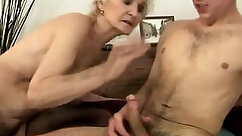 Amateur mature granny first time Chillin with a scorching Tamale