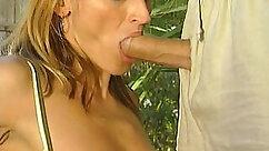 Blow action from naked big stacked Camisha Cruz